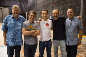 L-R: Bob Zemeckis, Kevin Baillie, Joseph Gordon-Levitt, Steve Starkey and Jack Rapke on the last day of shooting.